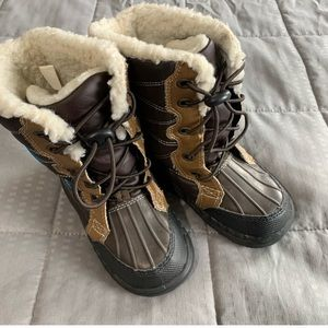 BOGO sale on all kids items Carters Snow Boots